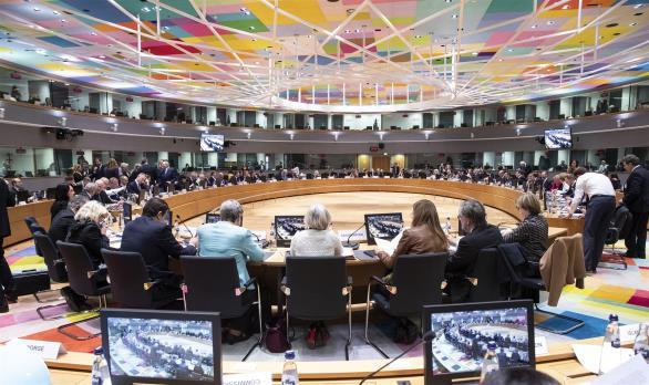 Reuters: Να μην ενθαρρύνει τους μετανάστες στα σύνορα ζήτησε από τον Ερντογάν η ΕΕ