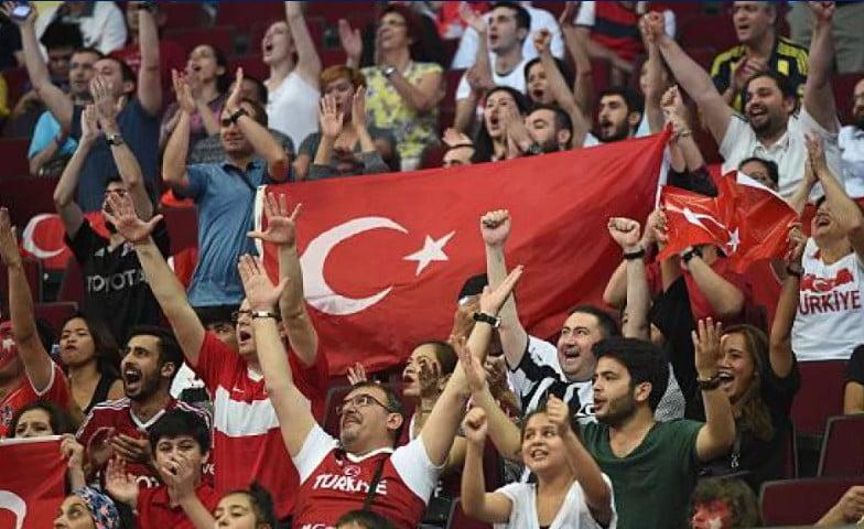 """""""Λουκέτο"""" στα πρωταθλήματα της Τουρκίας για τρεις εβδομάδες!"""