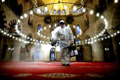 Ήπιαν οινόπνευμα για να σωθούν από τον ιό… 30 νεκροί στην Τουρκία!