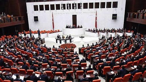 Κλειστή η τουρκική εθνοσυνέλευση λόγω κορωνοϊού!