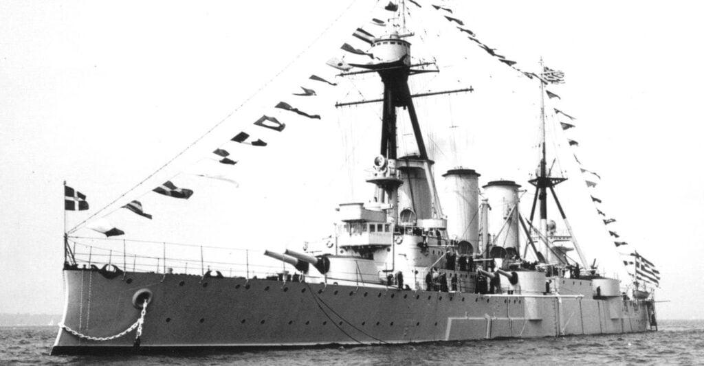 4 Απριλίου 1919: Όταν το θρυλικό «ΑΒΕΡΩΦ» έμπαινε στη Σμύρνη