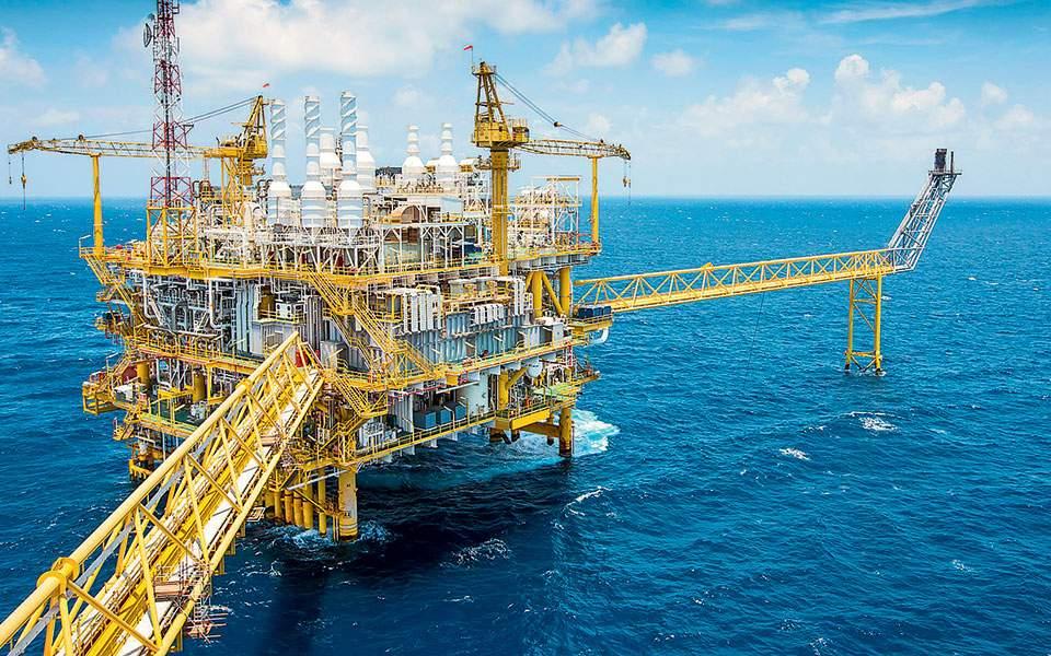 Φθηνό πετρέλαιο από τις ΗΠΑ αγοράζουν μαζικά κινεζικοί όμιλοι