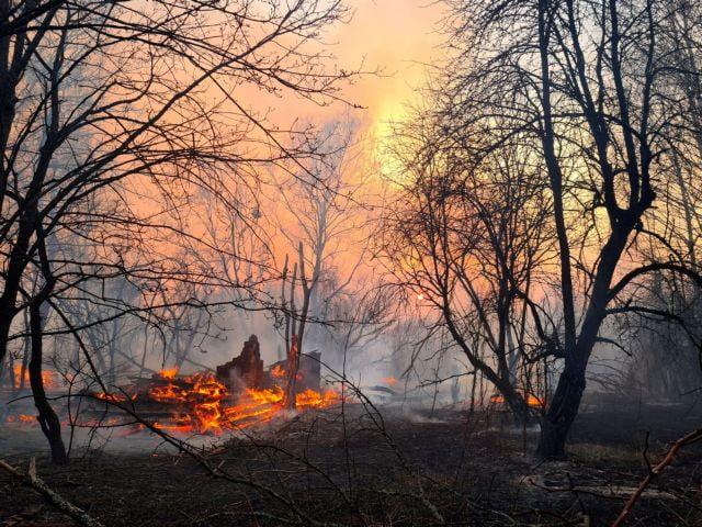 Φωτιά στο Τσερνόμπιλ : Φόβοι στην Ελλάδα για διαρροή ραδιενέργειας – Τι λένε οι ειδικοί