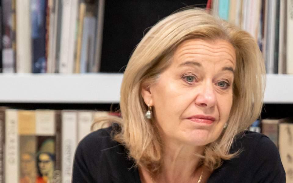 Πρέσβειρα της Ολλανδίας στην Ελλάδα στην «Κ»: Ευρωομόλογο, γιατί λέει «όχι» η Ολλανδία