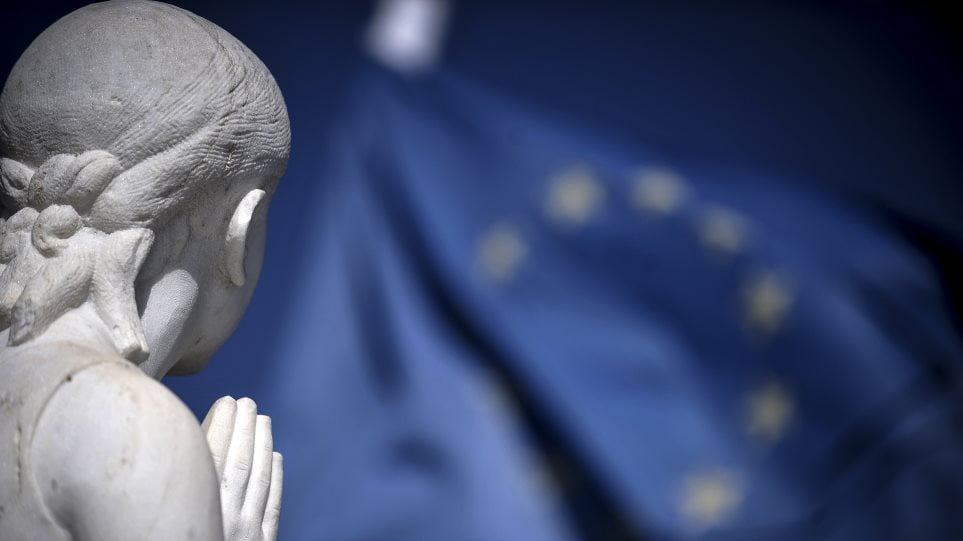 Ωρα μηδέν για την Ευρώπη – Το «σούπερ ταμείο», το κορονο-ομόλογο και οι κρίσιμες αποφάσεις