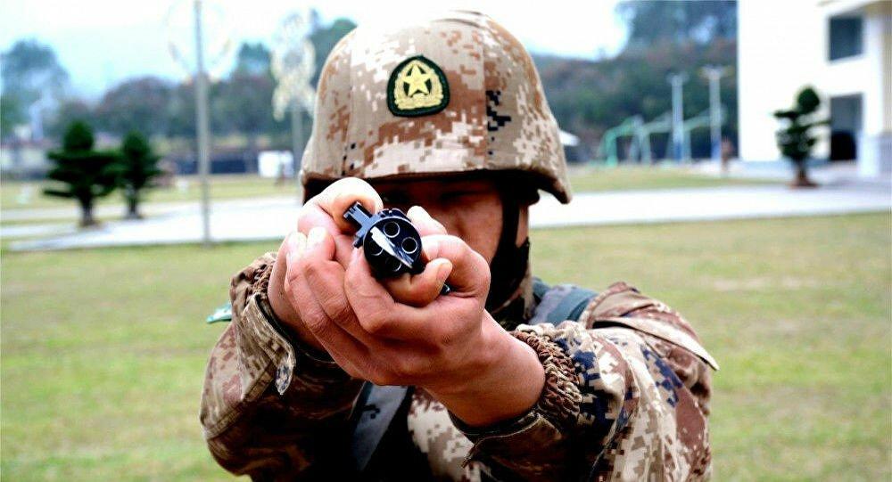 Tο μαχαίρι των Κινέζων κομάντο που ρίχνει και σφαίρες – Βίντεο