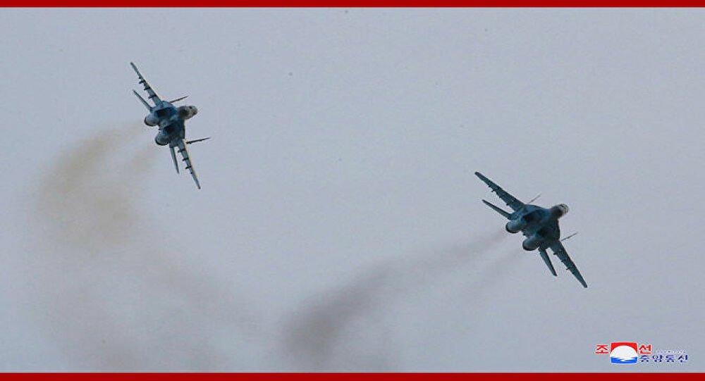 Φωτογραφίες: Ο Κιμ Γιόνγκ Ουν επιθεώρησε τα MiG-29 της Βόρειας Κορέας