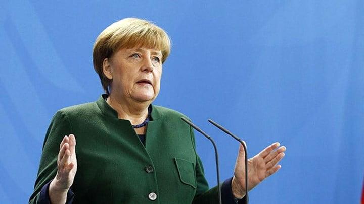 Strategic Culture: Η κρίση λόγω Covid-19 ευνοεί τη Merkel πολιτικά, διαλύει την ΕΕ με αρχή το Italexit