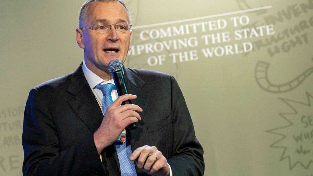 Παραιτήθηκε ο πρόεδρος του Ευρωπαϊκού Συμβουλίου Έρευνας – Διαφώνησε με τους χειρισμούς για τον κοροναϊό