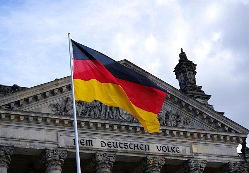 Γροθιά στην ευρωπαϊκή αλληλεγγύη η απόφαση του Γερμανικού Συνταγματικού Δικαστηρίου