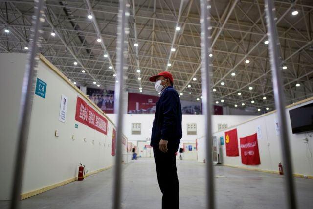Κοροναϊός: «Δεν υπάρχει έξοδος από το lockdown αν δεν βρεθεί το εμβόλιο», λένε επιστήμονες