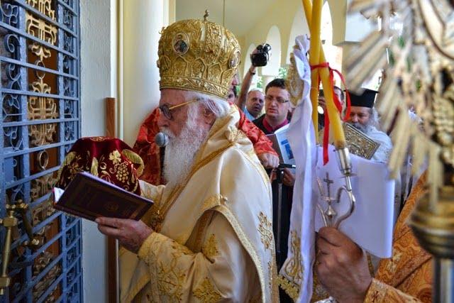Αρχιεπίσκοπος Αναστάσιος «Η αλληλεγγύη θα νικήσει την πανδημία»