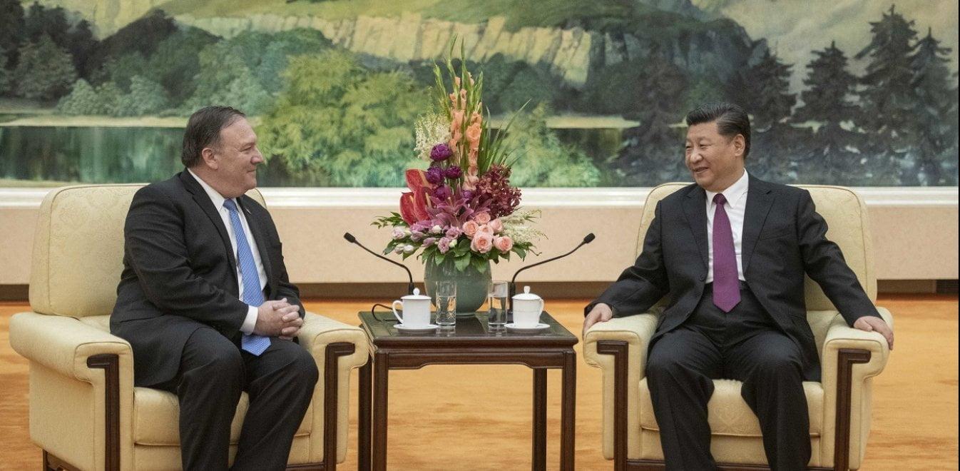 «Πόλεμος» Κίνας-ΗΠΑ για την παγκόσμια ηγεμονία στη σκιά του κορονοϊού