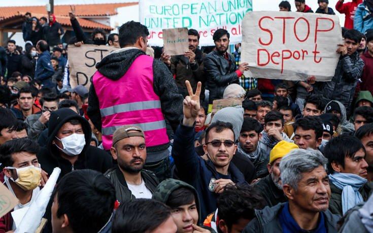 Die Welt: Στροφή 180 μοιρών της Αθήνας στο θέμα του ασύλου – «Πράσινο φως» για αίτηση από 1.800 μετανάστες