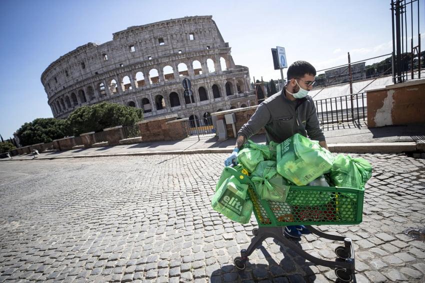 Ελπίδα στην Ιταλία: Σημαντική μείωση του αριθμού των νεκρών