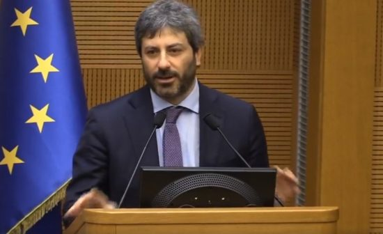 Πρόεδρος Ιταλικής Βουλής, Ρομπέρτο Φίκο:Ευχαριστώ τους Έλληνες για την αλληλεγγύη τους στον ιταλικό λαό