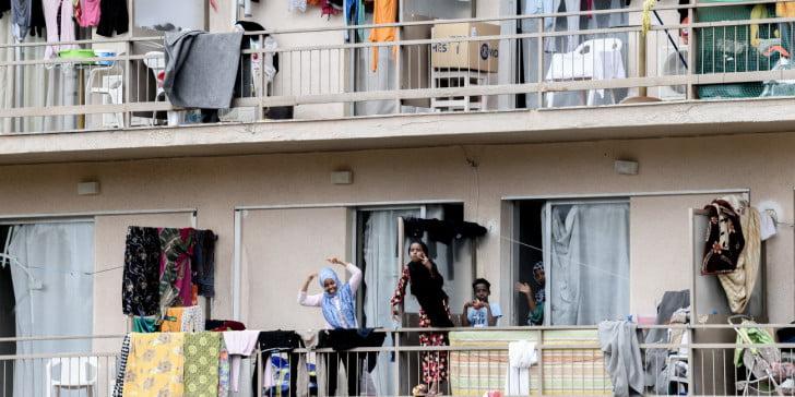 Μετά το καθολικό κράξιμο – Μηταράκης: Καταργείται εντός 2020 το πρόγραμμα φιλοξενίας μεταναστών σε ξενοδοχεία
