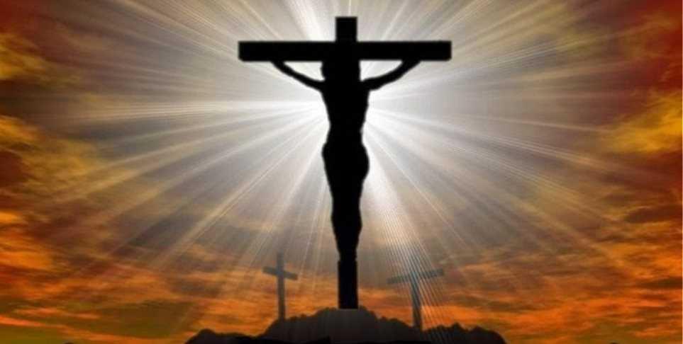 Ανοίξτε μου την εκκλησιά να μπω να τον θρηνήσω όπως του πρέπει του Χριστού να τον μοιρολογήσω