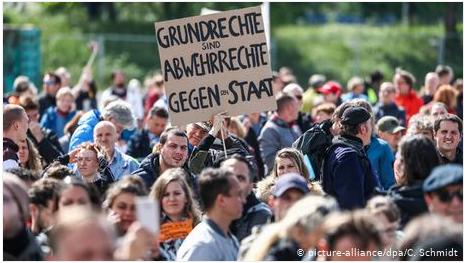 """Η Ελλάδα διδάσκει και κάνει εξαγωγή τεχνογνωσίας στη Γερμανία: Οι νέοι """"αγανακτισμένοι"""" Γερμανοί"""