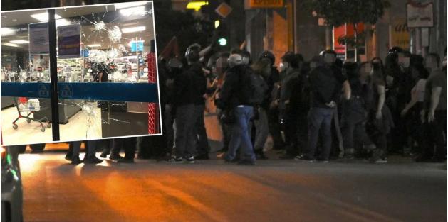 Αντιεξουσιαστές «κατεβάζουν» βιτρίνες και σπάνε αυτοκίνητα στην Κυψέλη – Τα ΜΑΤ έτοιμα να επέμβουν (video)