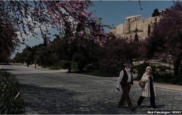 Capital Economics: Γιατί η Ελλάδα κινδυνεύει με παρατεταμένη κρίση
