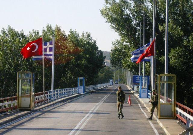Θαύμα, τώρα είδε και το Spiegel το πραγματικό πρόσωπο της Τουρκίας: Τούρκοι στρατιώτες άνοιξαν πυρ κατά της Frontex στον Έβρο