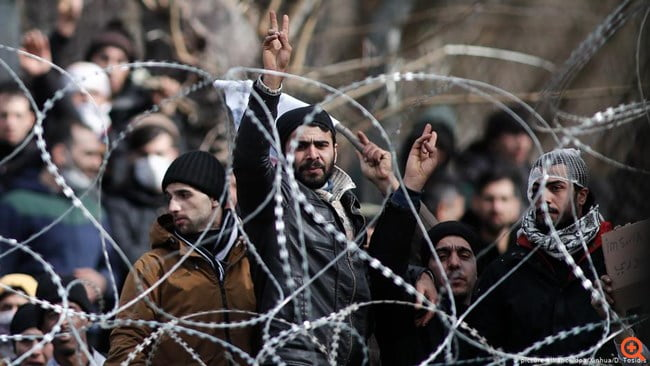 Απύθμενο θράσος – Η Ελλάδα προστάτεψε την Ευρώπη από μια επίθεση και 100 ευρωβουλευτές, αντί μας να πουν ευχαριστώ, ζητούν τα… ρέστα