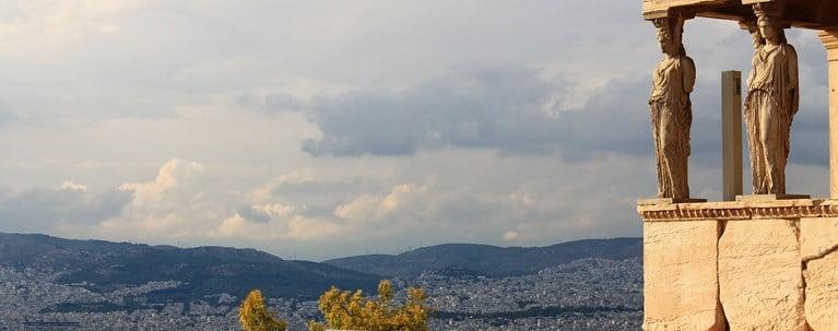 """Η """"λευκή λίστα"""": Είκοσι χώρες παίρνουν τουριστικό """"διαβατήριο"""" για την Ελλάδα"""