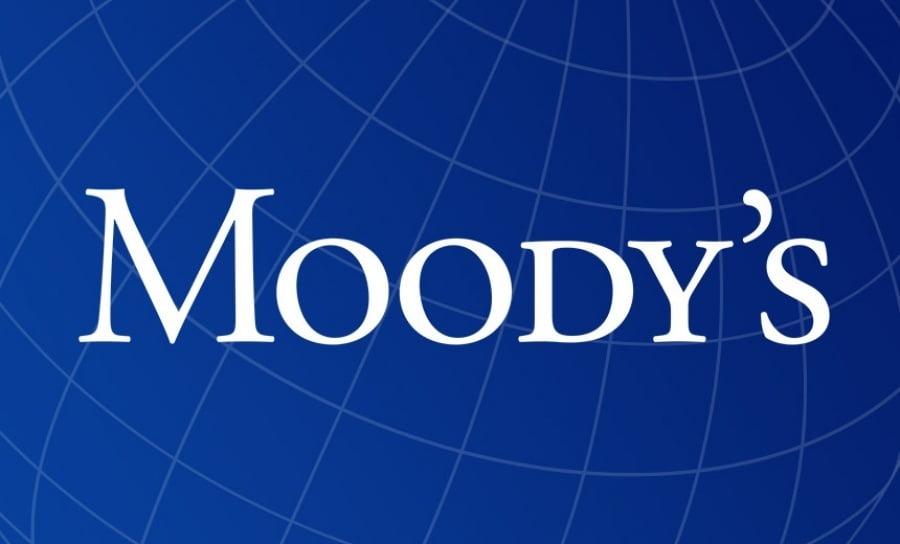 Moody's: Ισχυρό, αλλά παροδικό, το σοκ του κορωνοϊού που δέχτηκε η Ελλάδα – Ανέκοψε την ανάκαμψη και την αναβάθμιση της οικονομίας
