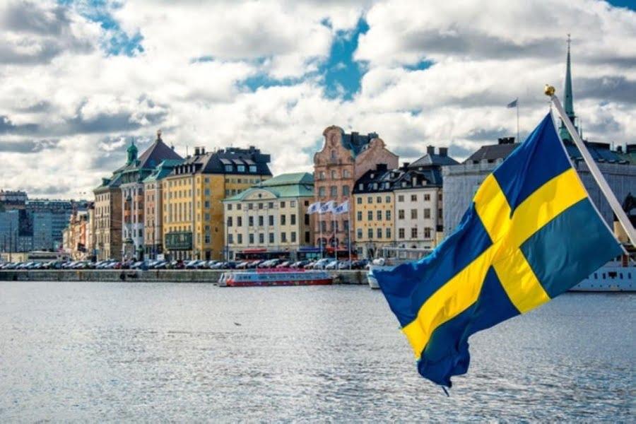Σουηδία: Αναθεωρεί τη στρατηγική της – Σαρώνει ο κορωνοϊός στους οίκους ευγηρίας