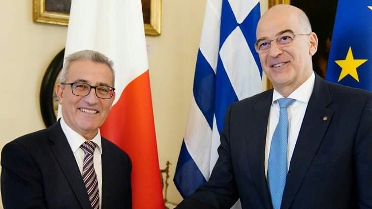 Τηλεφωνική επικοινωνία Δένδια με τον ΥΠΕΞ Μάλτας – Στο επίκεντρο οι διμερείς σχέσεις