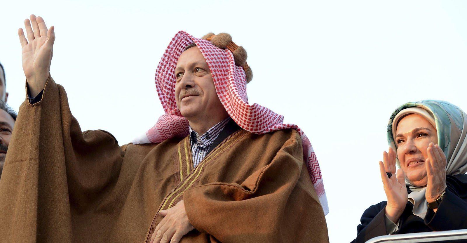 """Αγιά Σοφιά: Ρ.Τ. Ερντογάν """"πουλάει"""" Ισλάμ για να επιβιώσει πολιτικά…"""