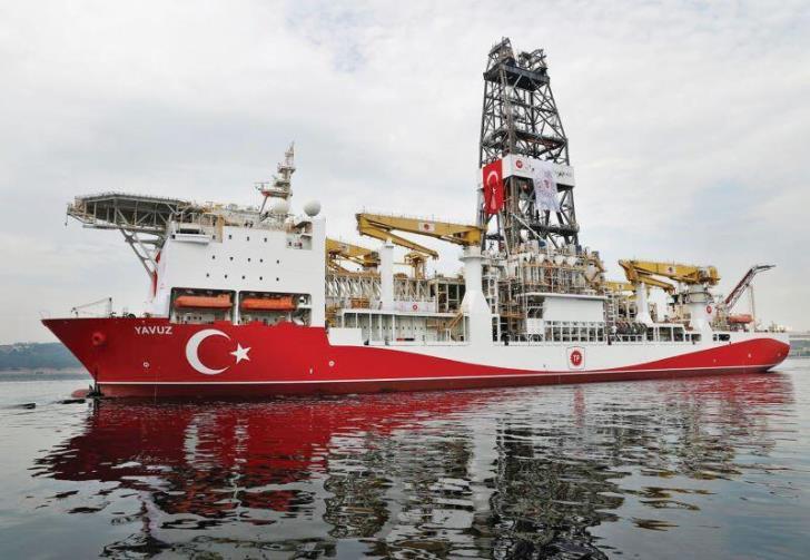 Οι Τούρκοι εκμεταλλεύονται τη συγκυρία και «επενδύουν» στην αναστολή των γεωτρήσεων από TOTAL-ENI στην κυπριακή ΑΟΖ