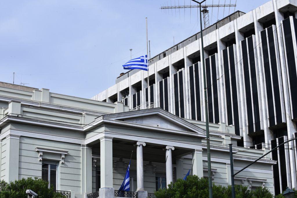 Διπλωματική επαναπροσέγγιση Ελλάδας – Συρίας: Πού αποσκοπεί η Αθήνα