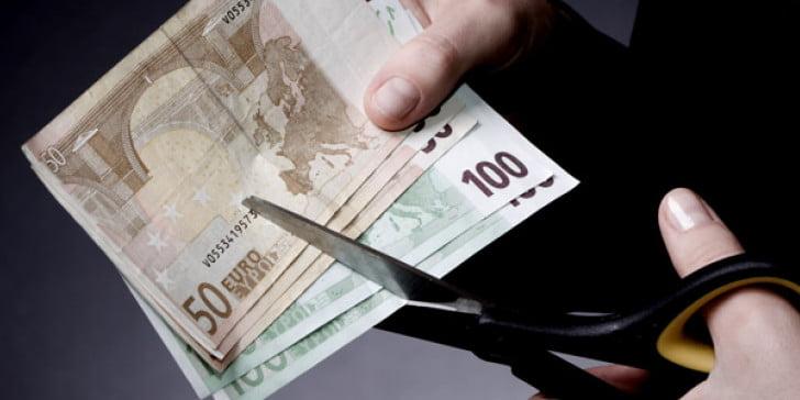Die Welt: Οικονομολόγοι φοβούνται νέα ευρωκρίση -Σενάρια για κούρεμα χρέουςΚΟΣΜΟΣ