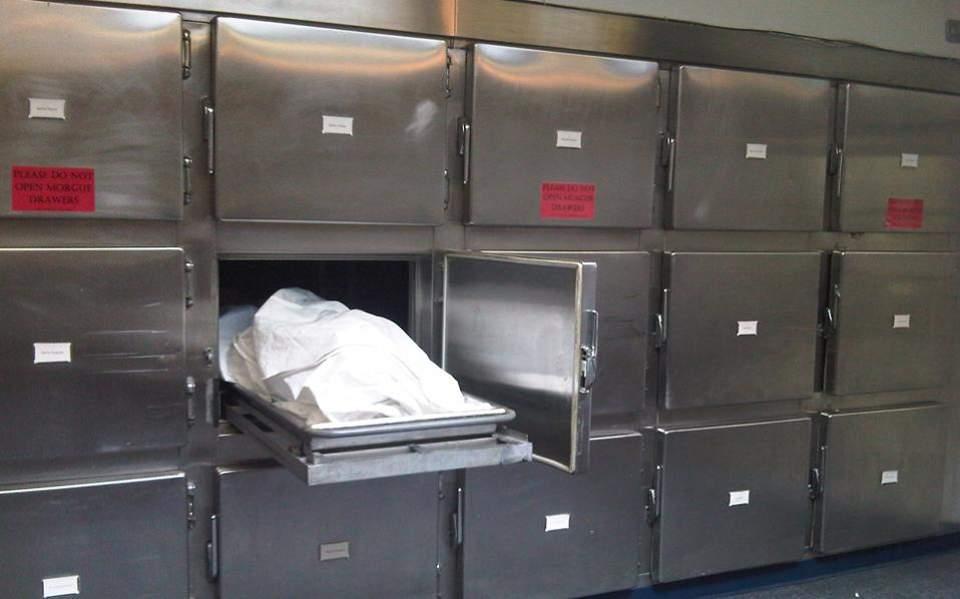 DW: Τι αποκαλύπτουν οι νεκροψίες για τον κορωνοϊό