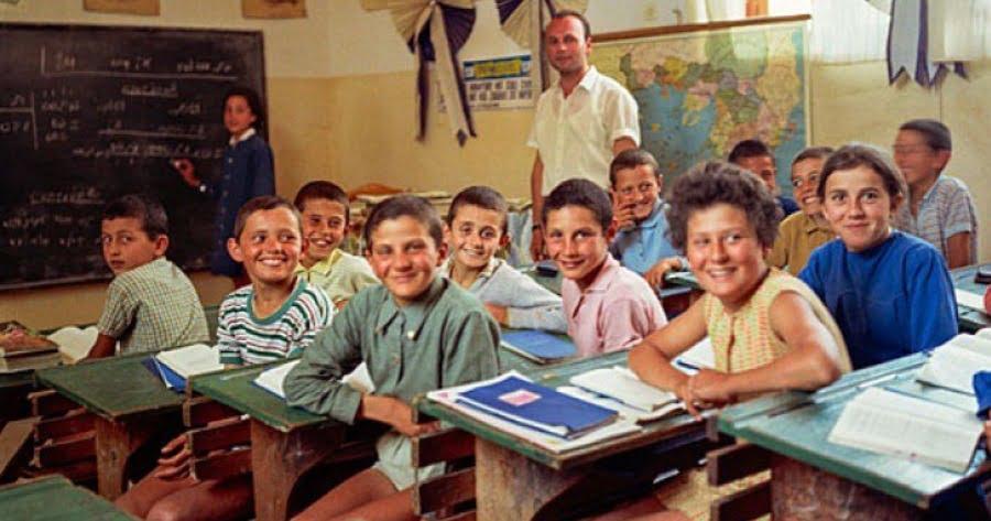 Ιστορικό κατάπτωσης της Παιδείας