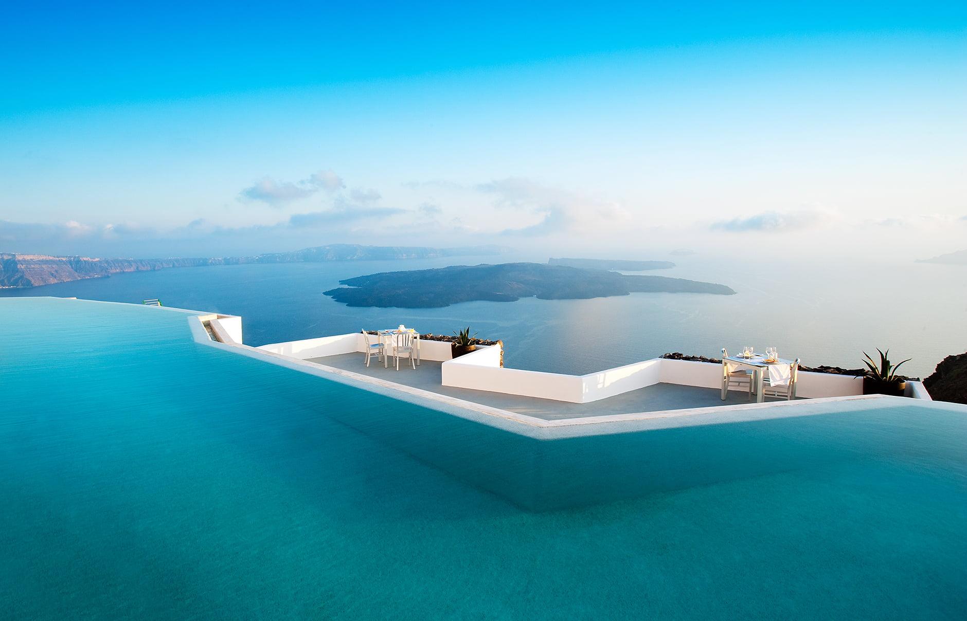 Εσείς αν είχατε ξενοδοχείο θα το ανοίγατε;