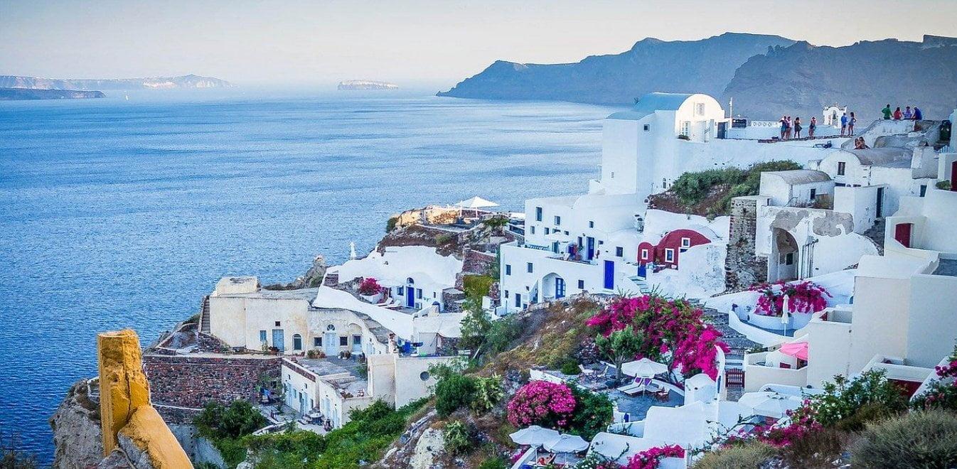 Διθυραμβικά δημοσιεύματα διεθνών Μέσων: Ελπίδα για τις φετινές διακοπές μας η Ελλάδα