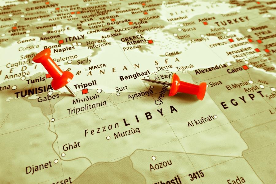 Κινήσεις της Αθήνας στον «μύλο» της Λιβύης, ενώ η κρίση κλιμακώνεται