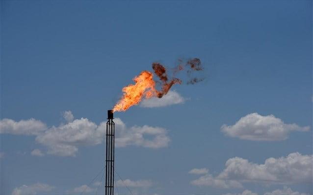 Η άρση του lockdown δίνει «ανάσα» στο πετρέλαιο