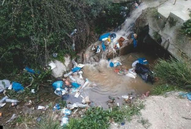 Μόρια: Υγειονομική βόμβα τα παράνομα σπίτια και μαγαζιά που «έστησαν» μετανάστες αιτούντες άσυλο!