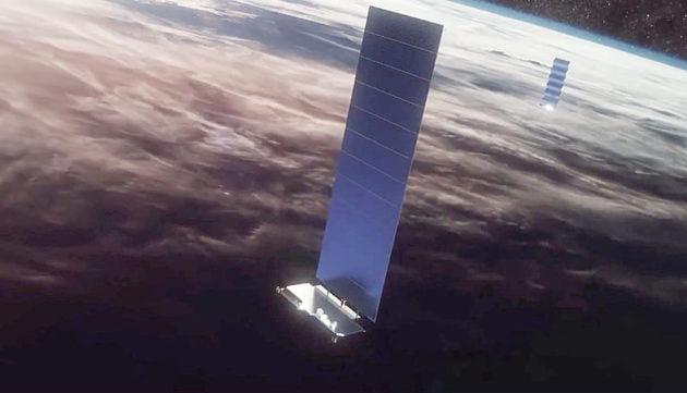 Οι δορυφόροι Starlink της SpaceX πάνω από την Αθήνα