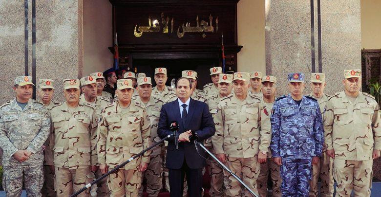 H Aίγυπτος κατασκευάζει νέα στρατιωτική βάση στα σύνορα με την Λιβύη