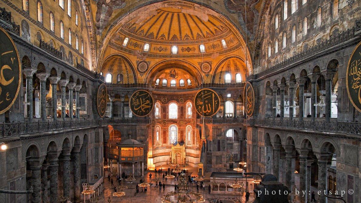 """Η πρόθεση Ερντογάν να κάνει τζαμί την Αγιά Σοφιά, η απάντηση της UNESCO και η """"πρόβα"""" της μουσουλμανικής προσευχής"""