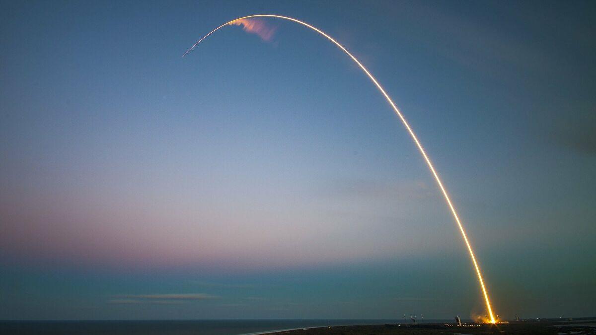Τραμπ: Αναπτύσσουμε υπερηχητικό πύραυλο που μπορεί να χτυπήσει στόχους σε απόσταση 1.000 μιλίων