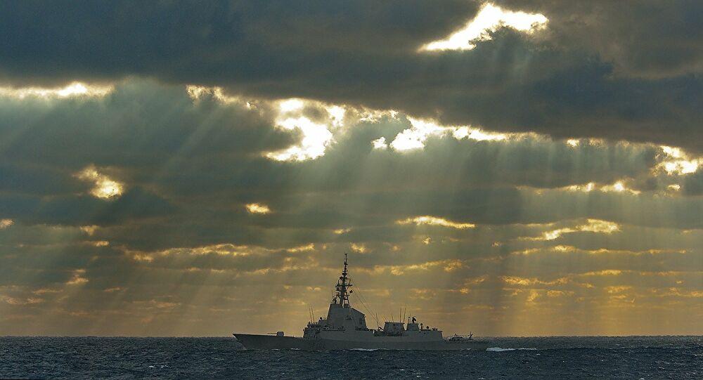 Το βρετανικό πολεμικό Ναυτικό παρακολούθησε «στενά» ρωσικό πολεμικό πλοίο
