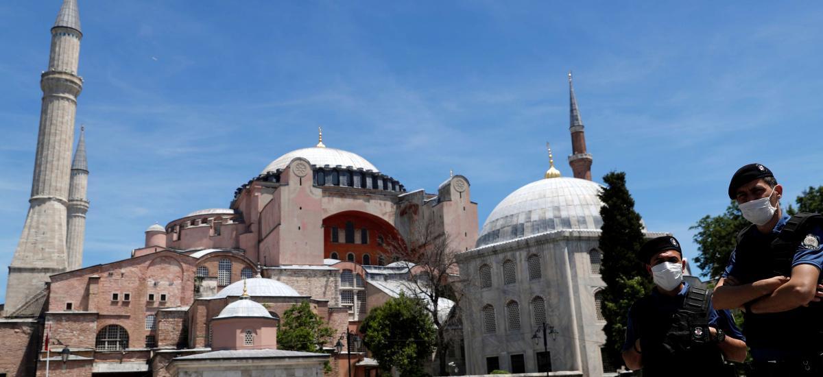 Δείτε ποια είναι η ημερομηνία της πρώτης μουσουλμανικής προσευχής υπό τον Ερντογάν στην ΑγιαΣοφιά