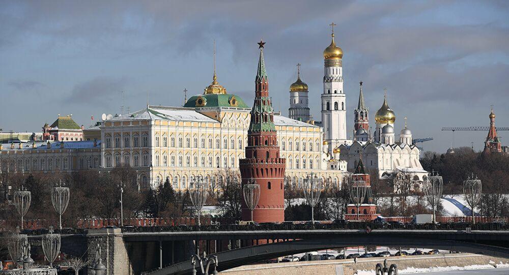 Ρώσος αξιωματούχος: Η Δύση οργανώνει «έγχρωμες επαναστάσεις» με στόχο πραξικόπημα στη Ρωσία