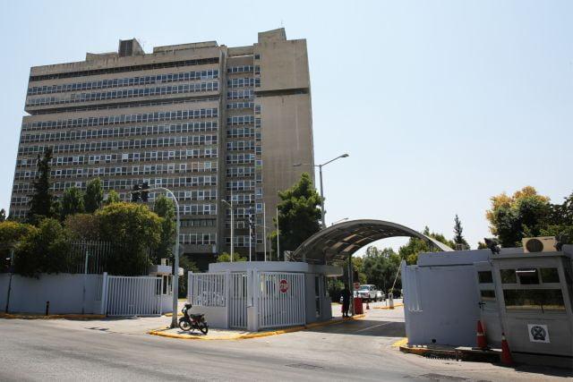 Σε μετακινήσεις αξιωματικών που αναφέρονται στον «φάκελο διαφθοράς» της ΕΛ.ΑΣ προχώρησε η λεωφόρος Κατεχάκη